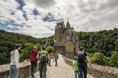 WIERSCHEM, ALLEMAGNE, LE 30 JUIN 2017 : Burg Eltz au Rhénanie-Palatinat photos libres de droits
