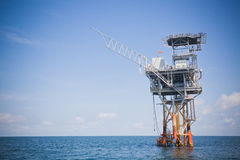 wiertniczej eksploraci na morzu platforma Obraz Royalty Free