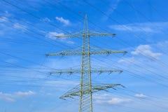 Wierza dla elektryczności w wiejskim Zdjęcia Royalty Free