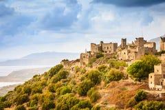 Wierza domy w Vathia Grecja Mani półwysepie obrazy stock