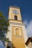 Wierza kościół katolicki w eze, France obrazy stock