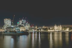 Wierza Londyn i Rzeczny Thames Zdjęcie Stock