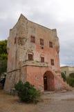 Wierza Markellos przy Aegina wyspą Zdjęcia Royalty Free