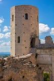 Wierza Properzio w historycznym centrum Spello fotografia royalty free