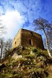 Wierza stary forteca blisko wioski Brezina Obrazy Royalty Free