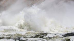 Wierza woda przy bazą Mansfield tama Obrazy Royalty Free