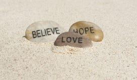 Wierzy, Mieć_nadzieja, Kocha, Zdjęcia Royalty Free