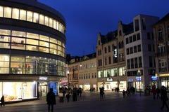 Wiesbaden przy nocą zdjęcie royalty free