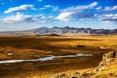 Wiese Chinas Bayinbuluke in Xinjiang Lizenzfreies Stockbild