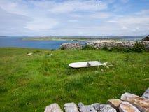 Wiese nahe dem Meer bei Maghery, Donegal Lizenzfreies Stockbild