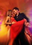 świetlicowej pary dancingowa noc Zdjęcie Royalty Free