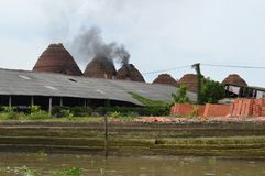 Wietnam Mekong delty cegieł Kilns podpalać Fotografia Stock
