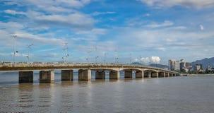 Wietnam miasto Nyachang, Czerwiec - 17, 2013: chiny południowi morze skuner zbliżał się hazard Zdjęcie Stock