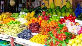 Wietnam, owocowy rynek Hoi Obrazy Royalty Free