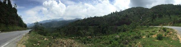Wietnam Sapa góry niebieskie niebo obrazy royalty free