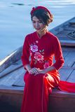 Wietnamska kobieta z Ao Dai suknią Obraz Stock