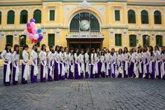 Wietnamski uczeń, tradycyjna suknia, ao Dai, Ho Chi Minh miasto obraz royalty free
