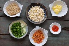 Wietnamski uliczny jedzenie, kukurudza smażył wysuszonej garneli Zdjęcia Stock