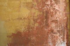 Wietrzejąca i będąca ubranym stiuk ściana Fotografia Stock