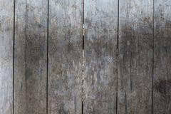 Wietrzejący popielaty drewniany podłogowy fotografii tło Nieociosany drewniany deski zbliżenie Obrazy Royalty Free