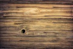 Wietrzeję groszkował drewno stara stajni ściana Fotografia Stock