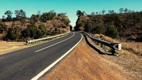 Wietrzna droga w za wsi