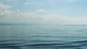 Wiev remoto de Osman Gazi Bridge en Kocaeli - Turquía almacen de video
