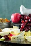 Świezi sery i owoc Zdjęcie Royalty Free