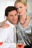 Wife with arm around husband Royalty Free Stock Photos