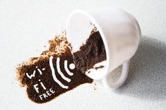 WiFi in koffiekop Royalty-vrije Stock Foto's