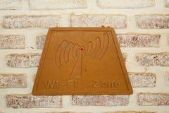 Wifi znak na cegle Fotografia Stock