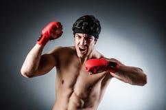 Wiith muscular del boxeador Imagenes de archivo