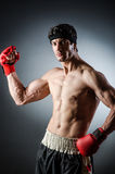 Wiith muscular del boxeador Imágenes de archivo libres de regalías