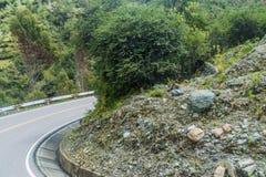Wijąca droga od Olllantaytambo Quillabamba w Abra Malaga przepustki sekcji, Pe obraz royalty free