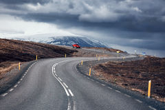Wijąca halna droga, Iceland Zdjęcia Royalty Free