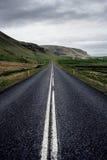 Wijąca halna droga, Iceland Obrazy Royalty Free