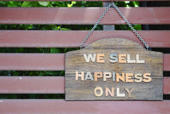 Wij verkopen geluk slechts signage Stock Afbeelding