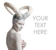 Wijfje met geit lichaam-kunst Royalty-vrije Stock Fotografie