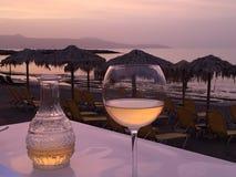 Wijn bij het strand royalty-vrije stock foto
