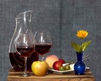 Wijn en Fruit en Bloem Royalty-vrije Stock Afbeeldingen