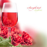 Wijn en rozen Royalty-vrije Stock Afbeelding