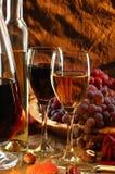 Wijn en vruchten. stock afbeeldingen