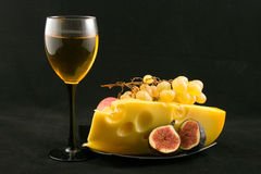 Wijn, kaas en vruchten Stock Fotografie