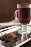Wijn met kruiden Royalty-vrije Stock Foto