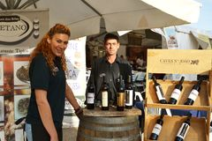 Wijn in openbare markt Royalty-vrije Stock Foto