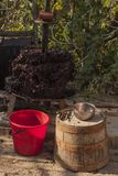 Wijnbereiding Technologie van wijnproductie stock fotografie