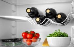 Wijnflessen en producten Stock Foto's
