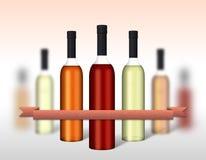 Wijnflessen met lint worden gegroepeerd dat Royalty-vrije Stock Afbeelding
