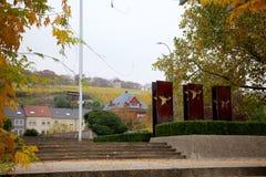 Wijngaard en Europese Sterren in Schengen, Luxemburg Royalty-vrije Stock Afbeelding
