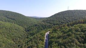 Wijngaarden in de bergen van abrau-Dyurso stock videobeelden